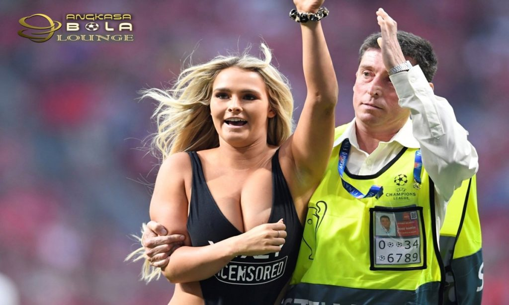 Kinsey Wolanski Masuk Penjara Lagi, Diduga Berniat Ganggu Final Copa America 2019